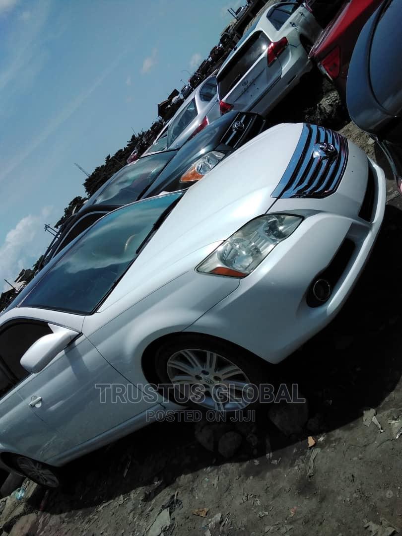 Toyota Avalon 2006 Limited White   Cars for sale in Amuwo-Odofin, Lagos State, Nigeria