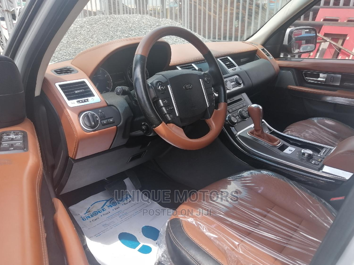 Land Rover Range Rover Sport 2011 HSE 4x4 (5.0L 8cyl 6A) White   Cars for sale in Abule Egba, Lagos State, Nigeria