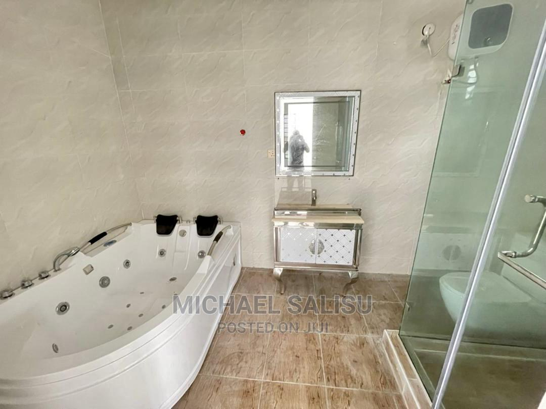 5 Bedroom Fully Detached Duplex With Bq at Chevron for Sale   Houses & Apartments For Sale for sale in Lekki Phase 1, Lekki, Nigeria