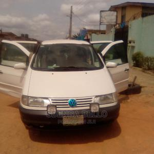 Volkswagen Sharan 1999 2.0 White   Cars for sale in Lagos State, Abule Egba