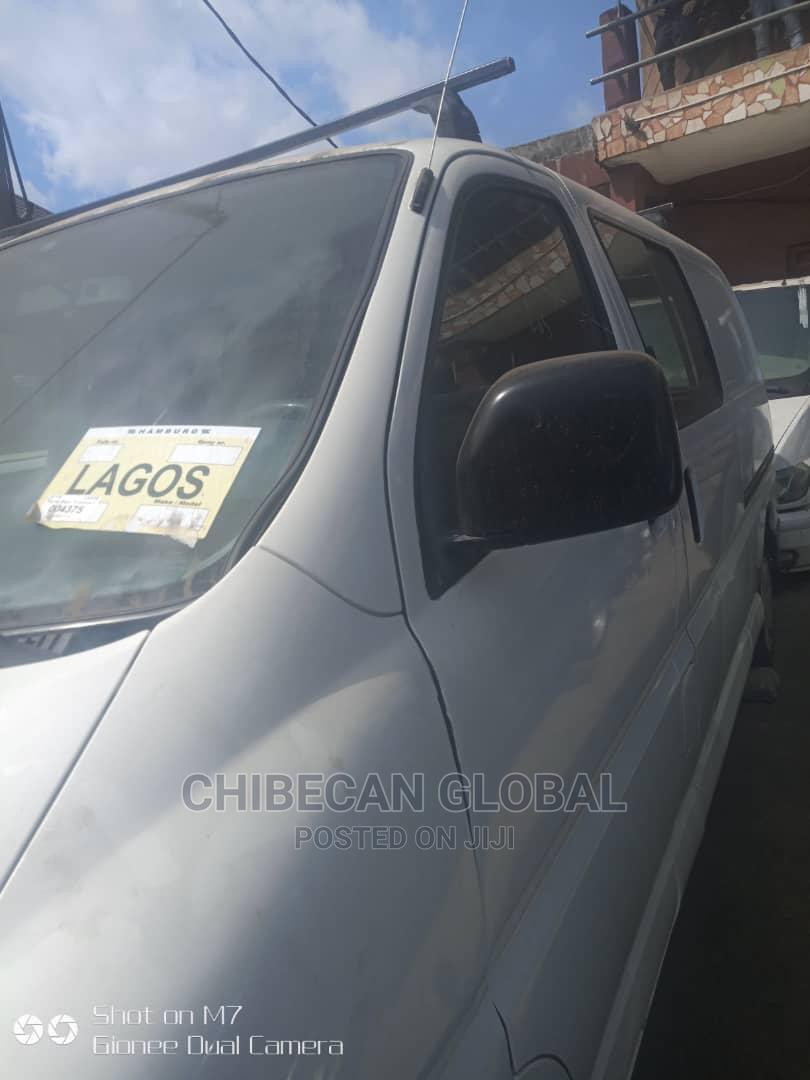 Archive: Toyota Hiace 2000 Long Petrol