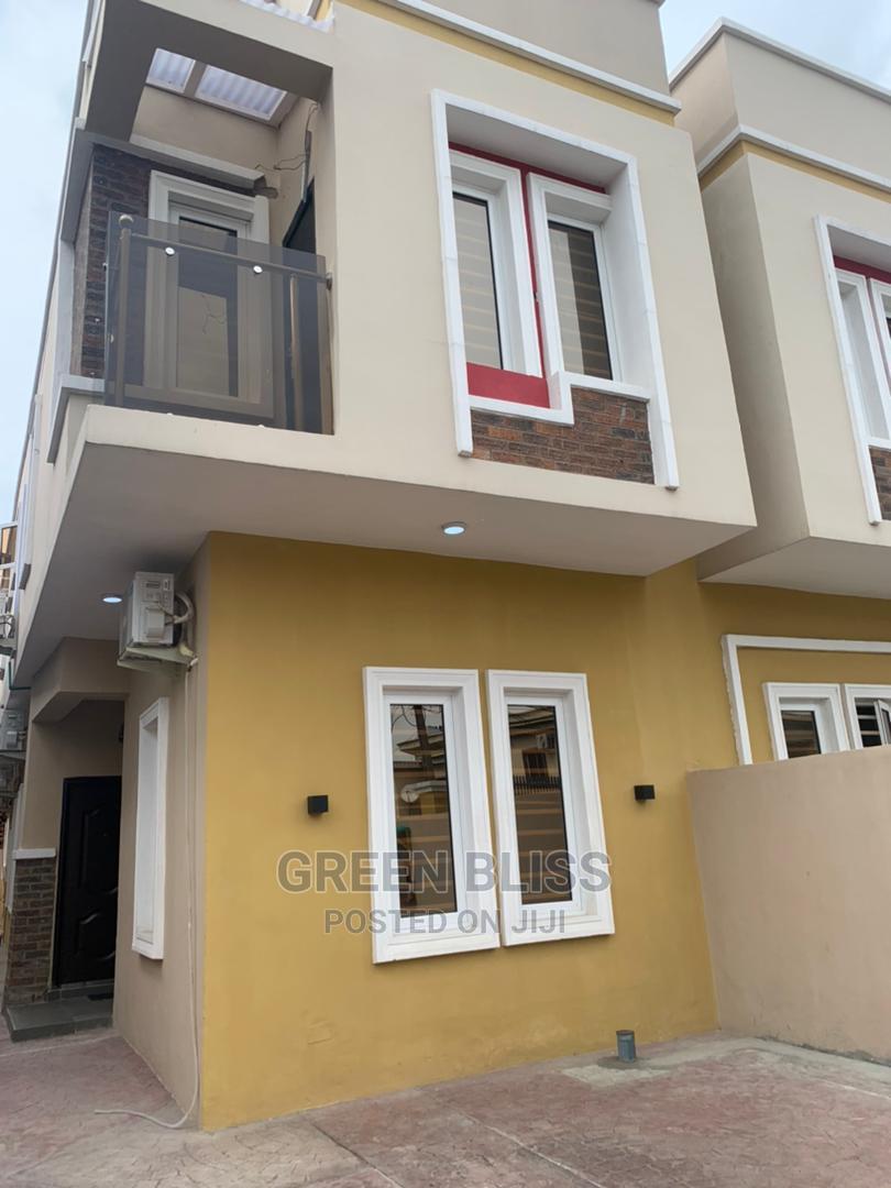 Archive: 4bdrm Duplex in Ado / Ajah for Sale