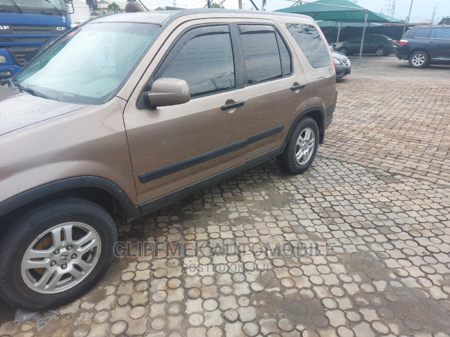 Honda CR-V 2004 EX 4WD Automatic Gold   Cars for sale in Ajah, Lagos State, Nigeria