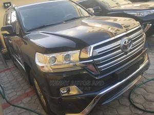 Toyota Land Cruiser 2017 Black | Cars for sale in Lagos State, Surulere