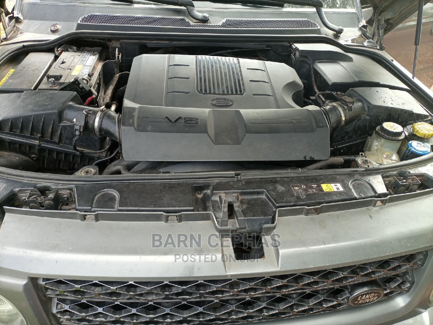 Archive: Land Rover Range Rover Sport 2010 HSE 4x4 (5.0L 8cyl 6A) Gray