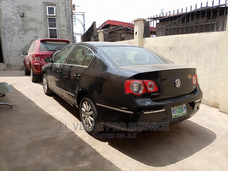 Archive: Volkswagen Passat 2007 2.0 Black