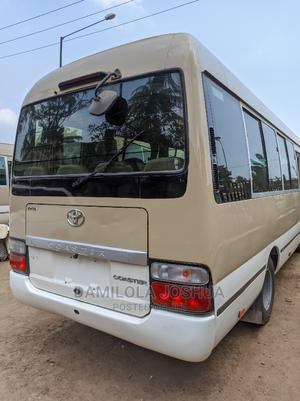 Clean Tokunbo Foreign Used Toyota Coaster Bus 2010 | Buses & Microbuses for sale in Lagos State, Ifako-Ijaiye