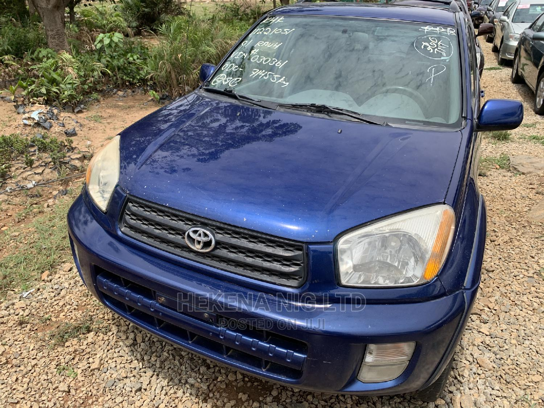 Archive: Toyota RAV4 2002 Blue