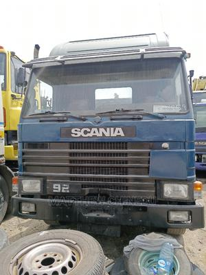 Clean Scania Truck, 8 Tyres, Spring Spring,   Trucks & Trailers for sale in Lagos State, Amuwo-Odofin