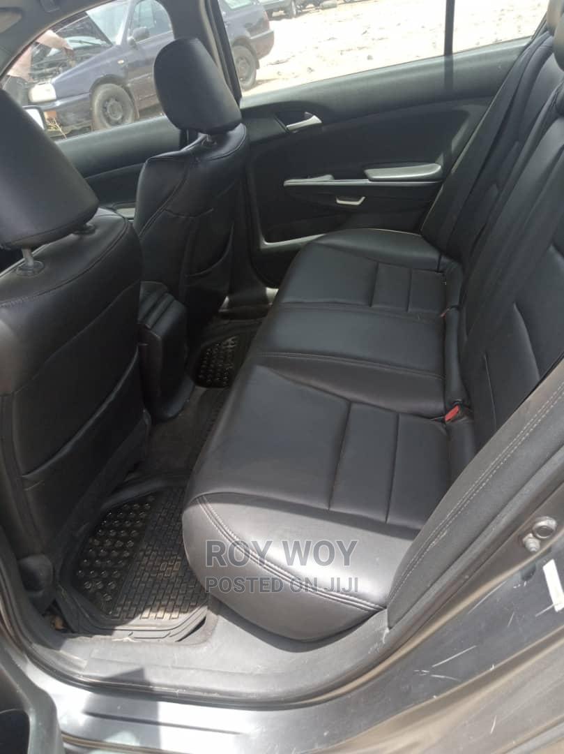 Archive: Honda Accord 2009 EX Automatic Brown