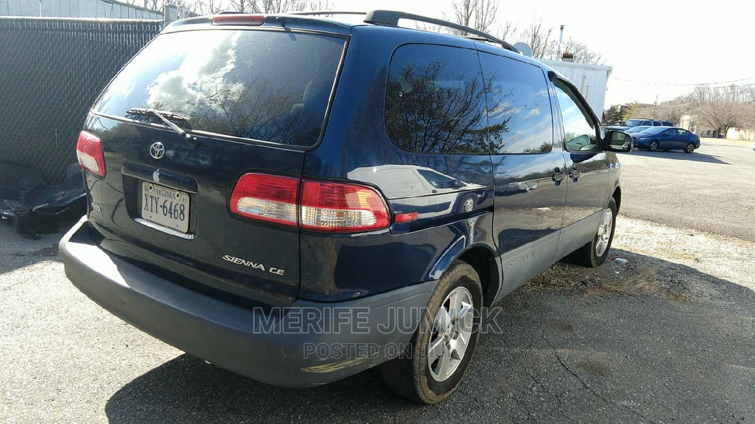 Toyota Sienna 2002 CE Blue   Cars for sale in Owerri, Imo State, Nigeria