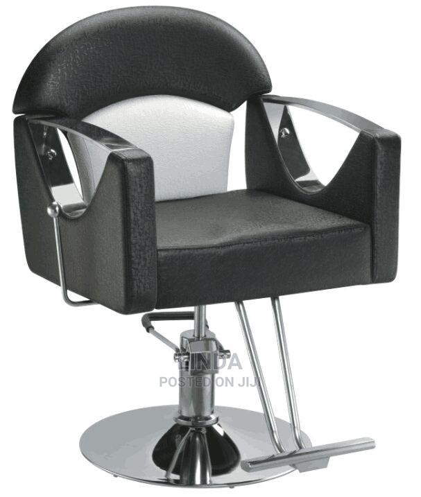 Archive: Barbing Saloon Chair