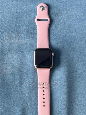 Apple Watch Series 4 40mm Rose Gold | Smart Watches & Trackers for sale in Lagos State, Ikeja