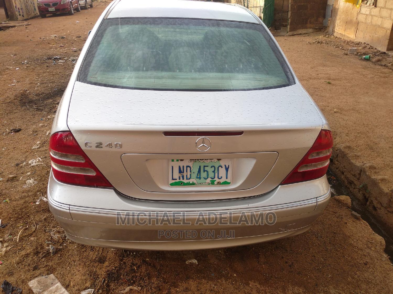 Mercedes-Benz C240 2004 Silver | Cars for sale in Chikun, Kaduna State, Nigeria