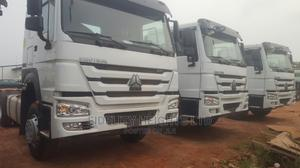 Brand New Howo Sinotruck. Tractor Head. Double Songle Axel | Trucks & Trailers for sale in Lagos State, Surulere