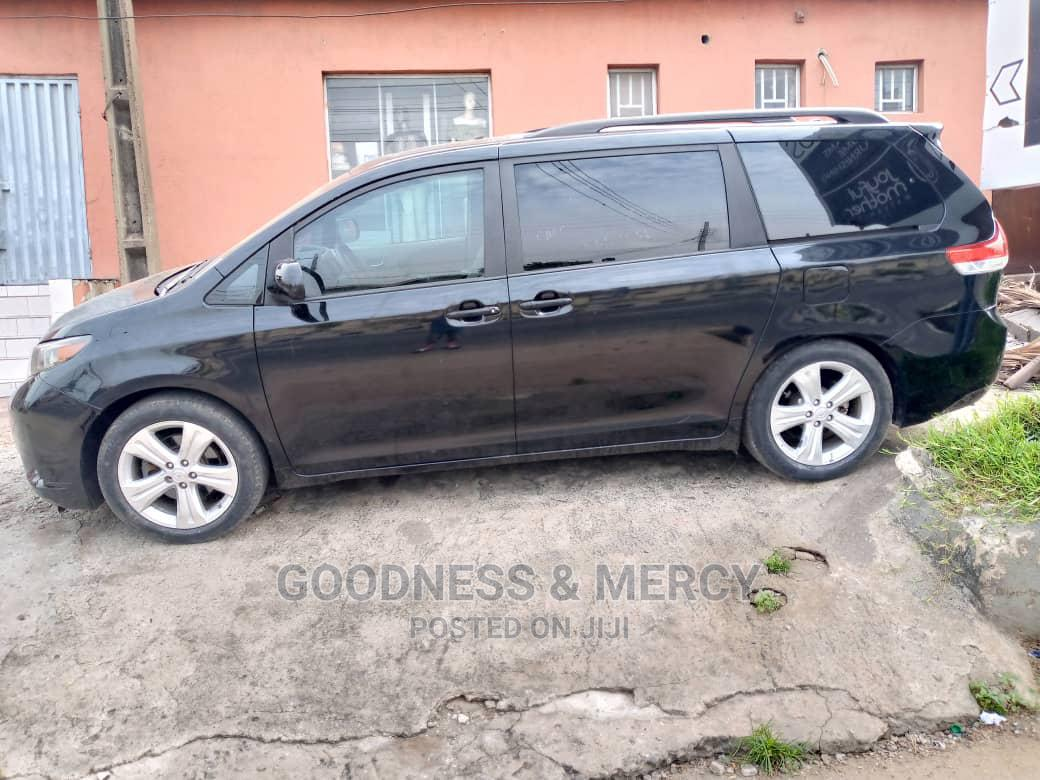 Toyota Sienna 2011 XLE 7 Passenger Black   Cars for sale in Ikeja, Lagos State, Nigeria