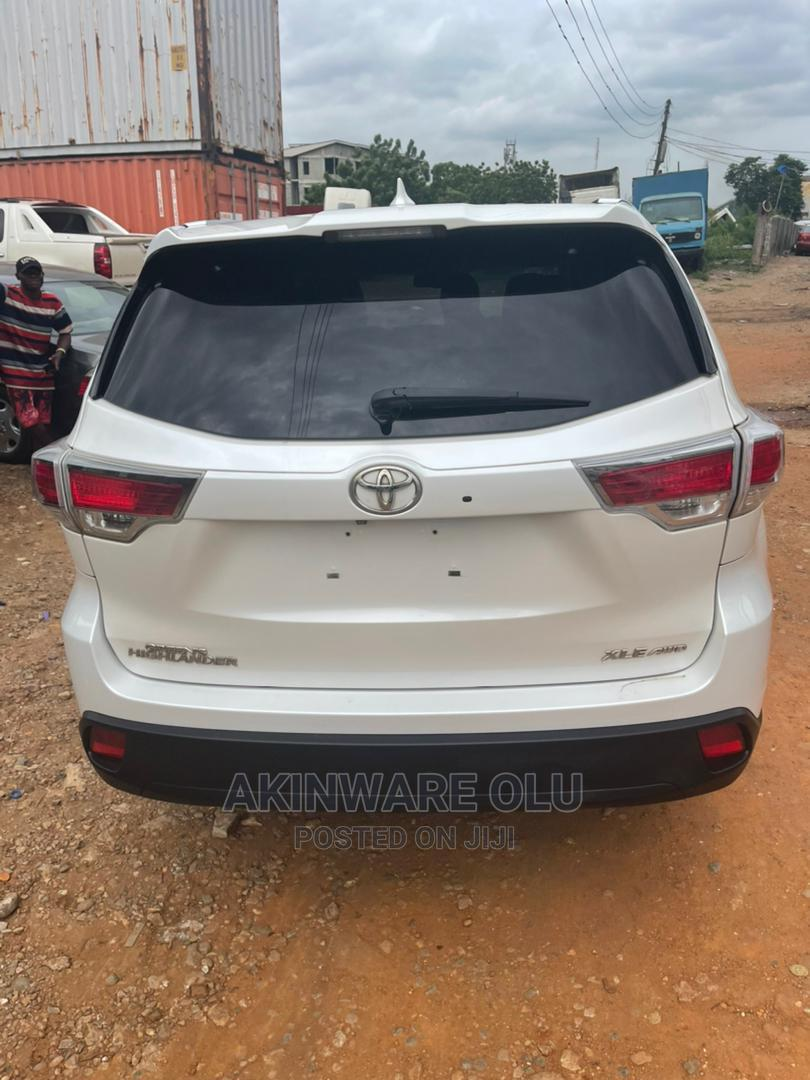 Toyota Highlander 2015 White | Cars for sale in Maryland, Lagos State, Nigeria