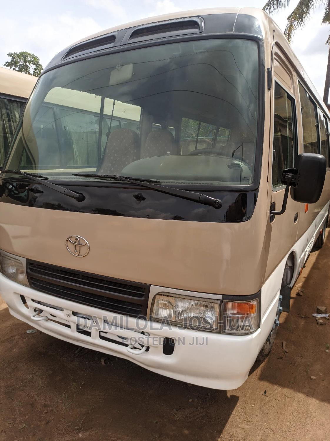 Clean Title Foreign Used Tokunbo 2010 Toyota Coaster Bus