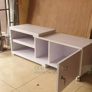 White Tv Stand   Furniture for sale in Lagos State, Ojodu