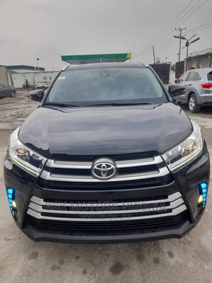 Toyota Highlander 2018 XLE 4x4 V6 (3.5L 6cyl 8A) Black | Cars for sale in Lagos State, Lekki
