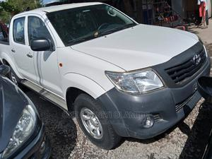 Toyota Hilux 2013 White | Cars for sale in Abuja (FCT) State, Garki 2