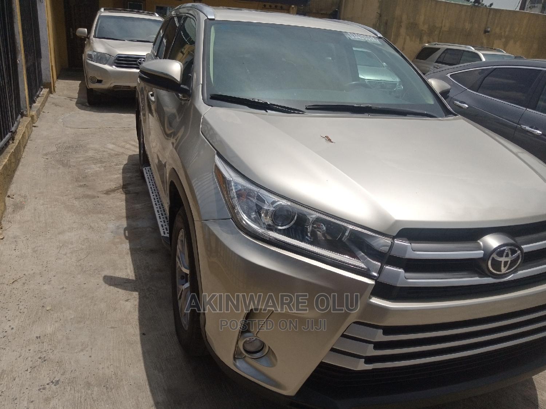 Toyota Highlander 2015 Silver
