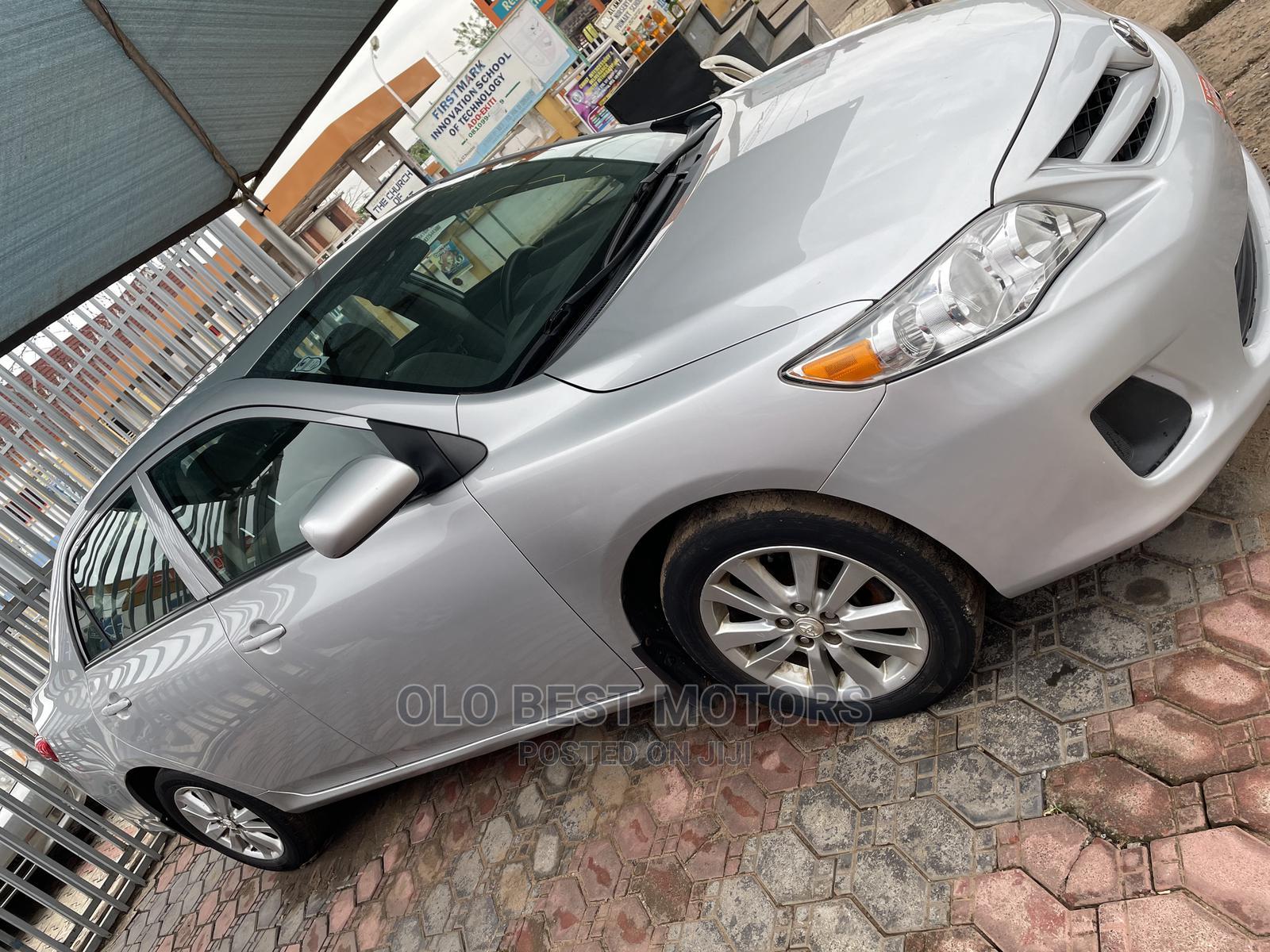 Archive: Toyota Corolla 2014 Silver