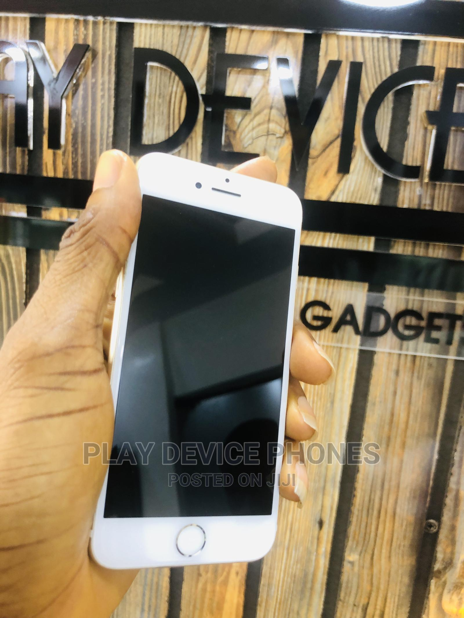 Archive: Apple iPhone 7 128 GB Gold