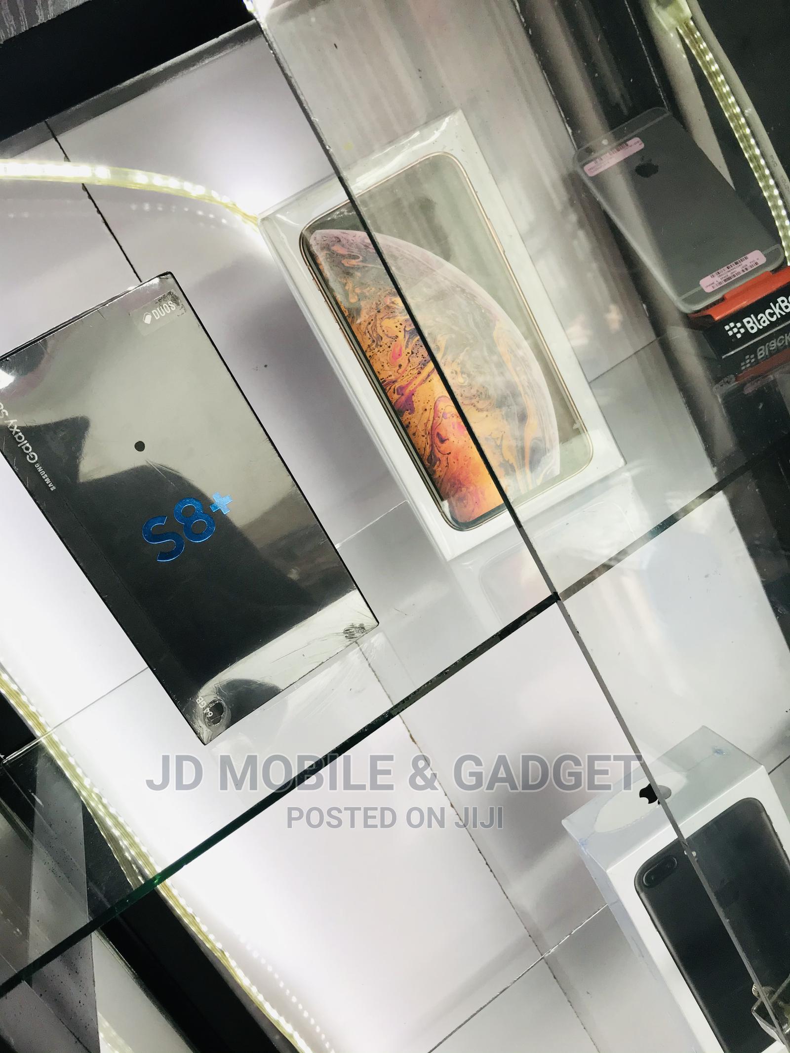 New Samsung Galaxy S8 Plus 64 GB Gray