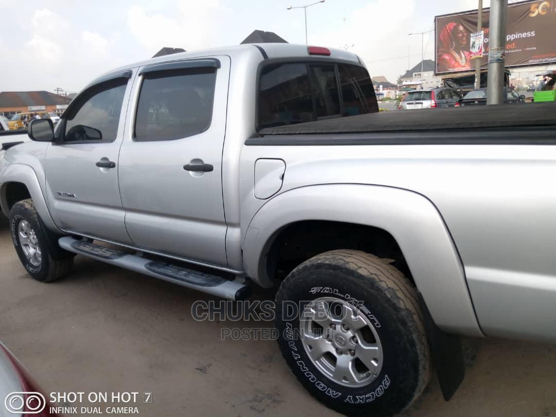 Toyota Tacoma 2008 4x4 Double Cab Silver | Cars for sale in Amuwo-Odofin, Lagos State, Nigeria