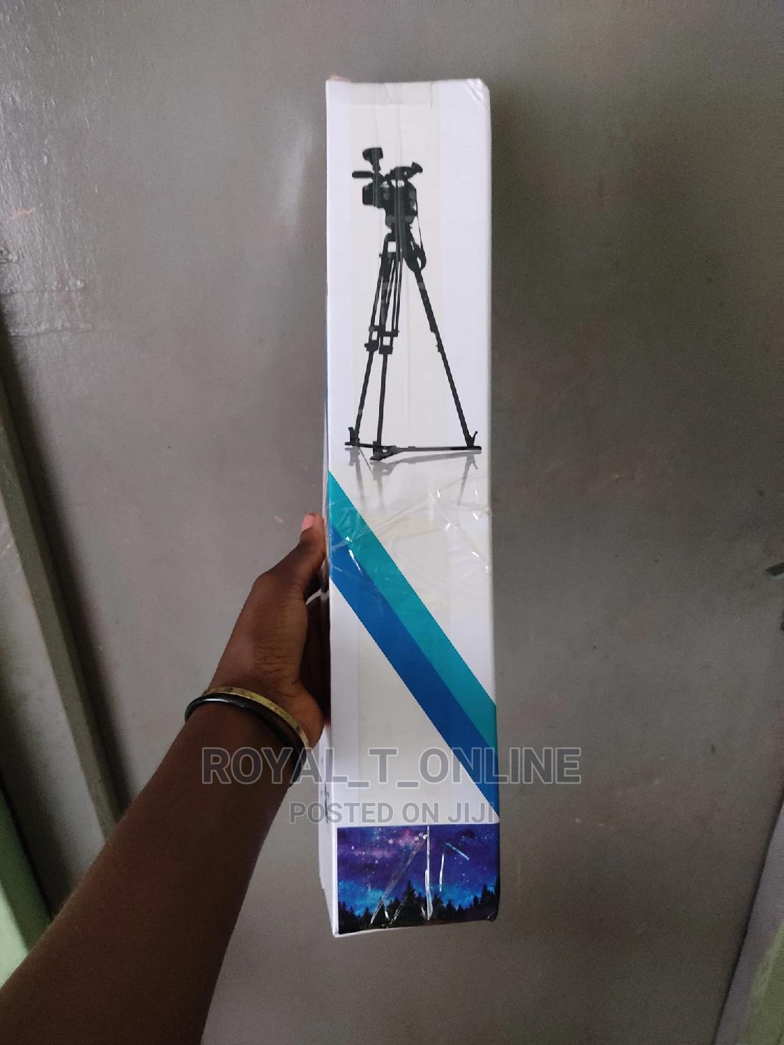 Tripod Stand With Remote Control.Strong Quality Tripod Stand   Accessories & Supplies for Electronics for sale in Ibadan, Oyo State, Nigeria
