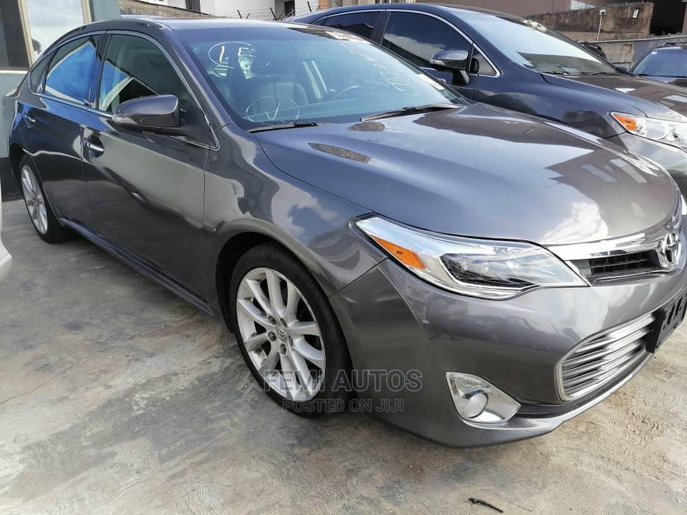 Archive: Toyota Avalon 2013 Gray