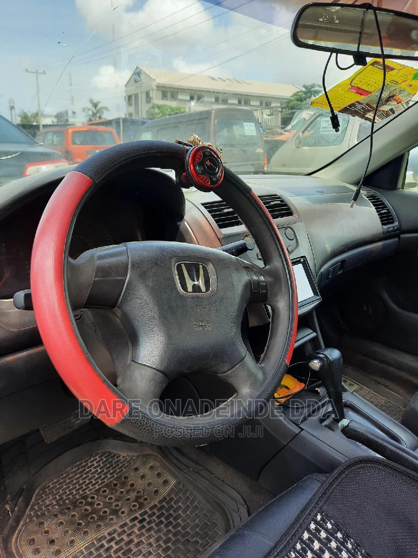 Archive: Honda Accord 2002 2.0 SE Silver