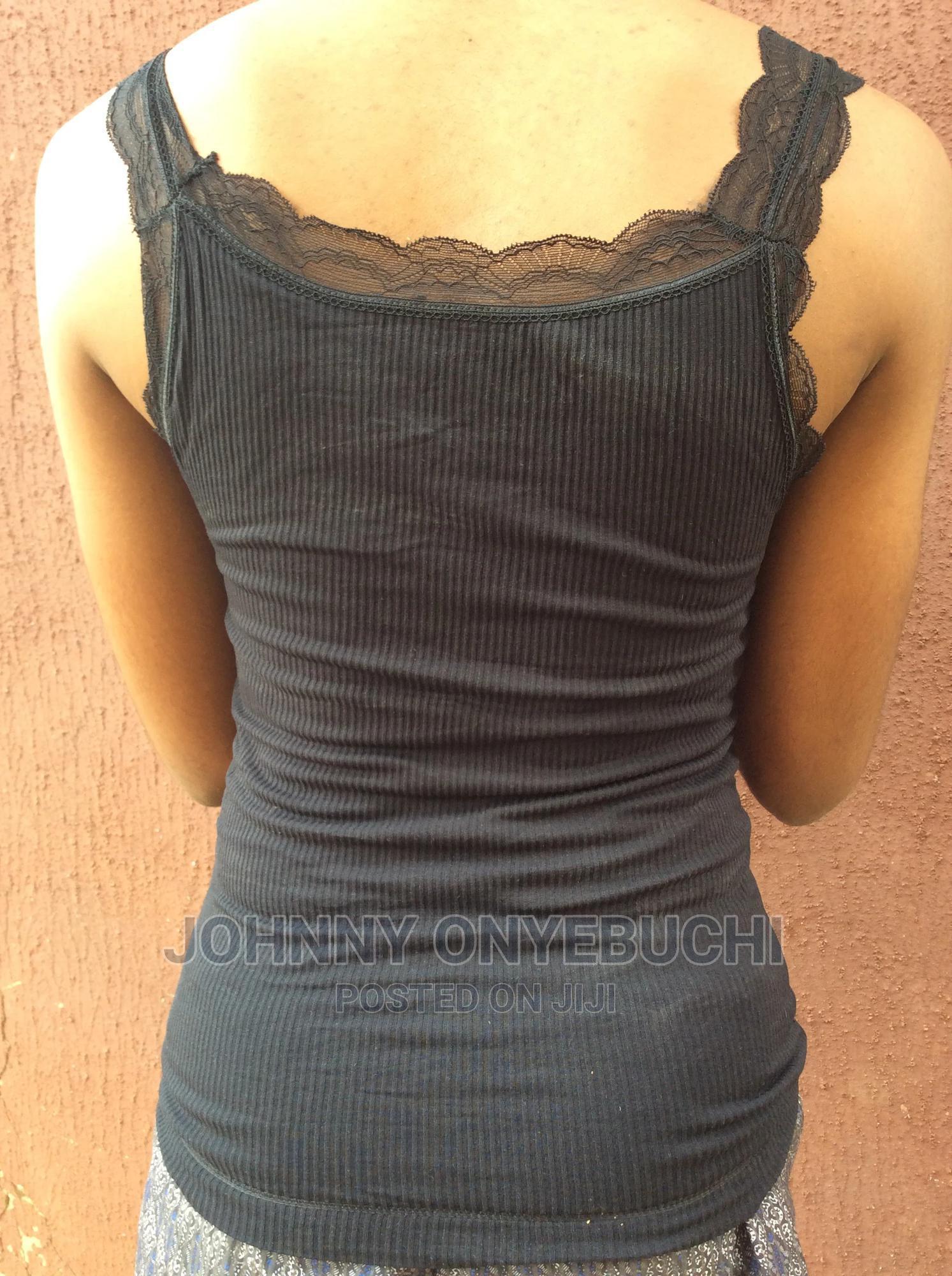 Archive: High Quality Women V-Neck Built in Bra Long Tops Vest