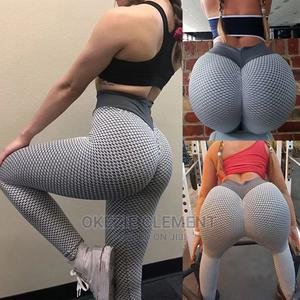 Womens Stretch Yoga Leggings Fitness Running   Clothing for sale in Lagos State, Surulere