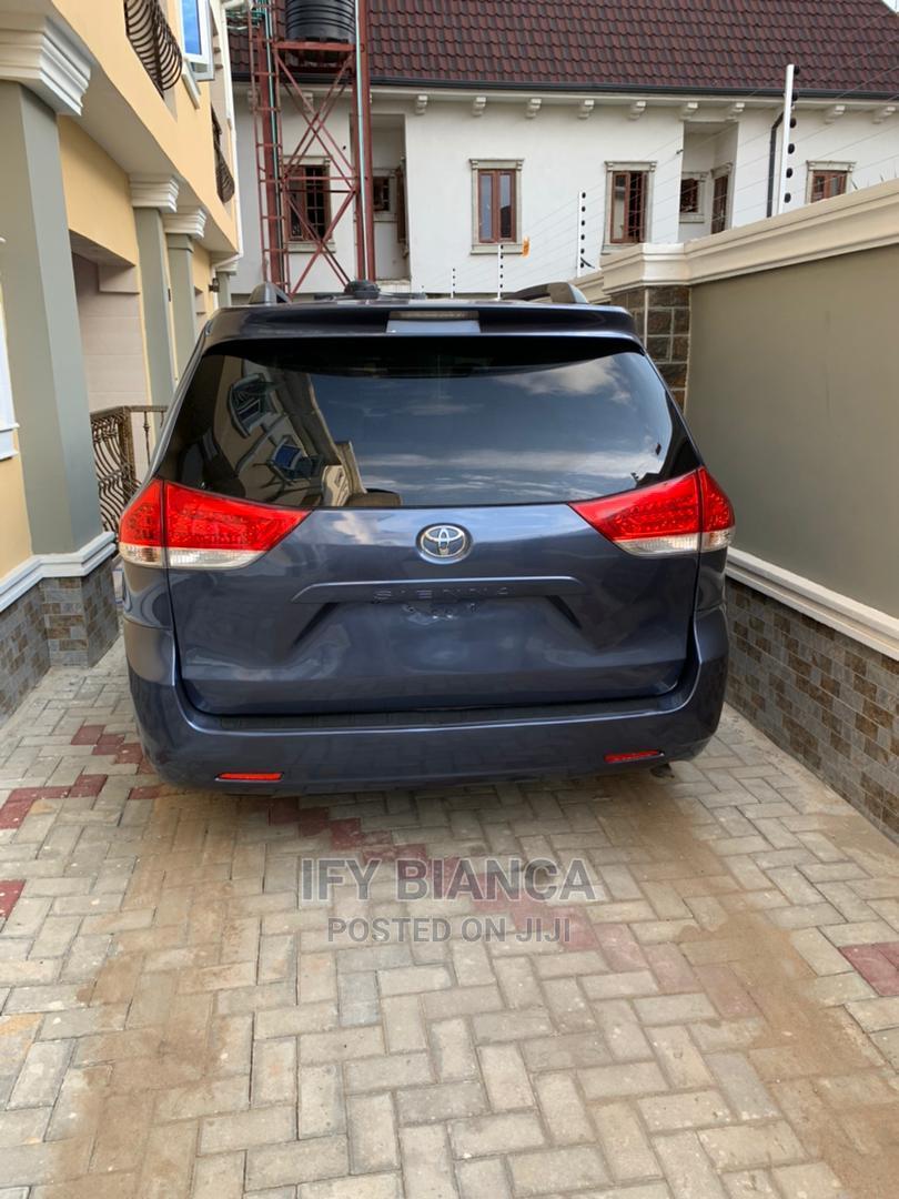 Toyota Sienna 2014 Blue | Cars for sale in Amuwo-Odofin, Lagos State, Nigeria