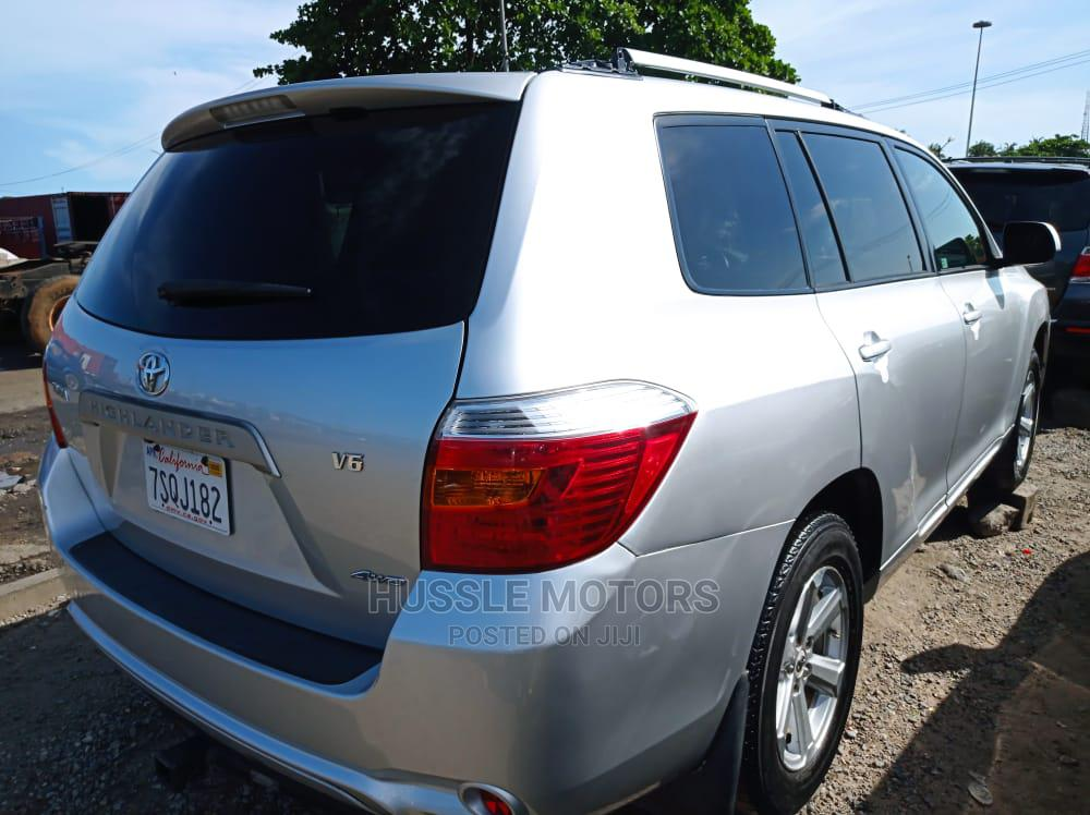 Toyota Highlander 2008 Limited 4x4 Silver   Cars for sale in Apapa, Lagos State, Nigeria