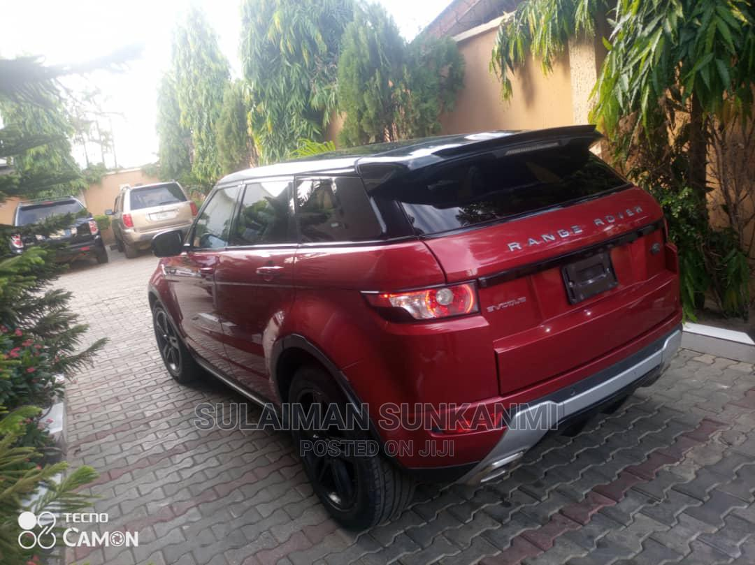 Archive: Land Rover Range Rover Evoque 2015 Red