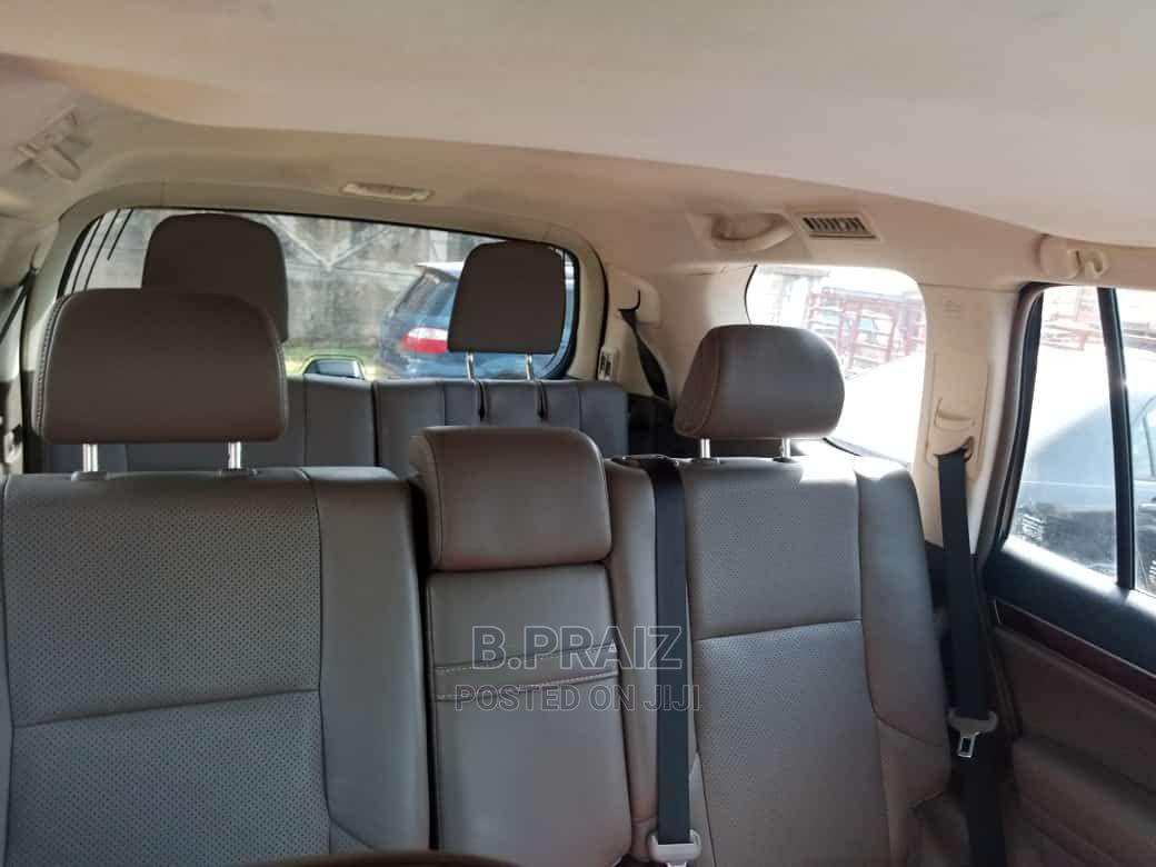 Archive: Lexus GX 2011 460 Black