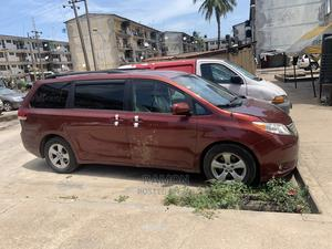 Toyota Sienna 2013 XLE FWD 8-Passenger Red | Cars for sale in Lagos State, Amuwo-Odofin