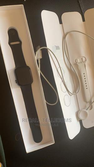 Apple Watch Series 4 | Smart Watches & Trackers for sale in Oyo State, Ibadan