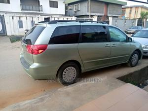 Toyota Sienna 2009 Green | Cars for sale in Lagos State, Isolo