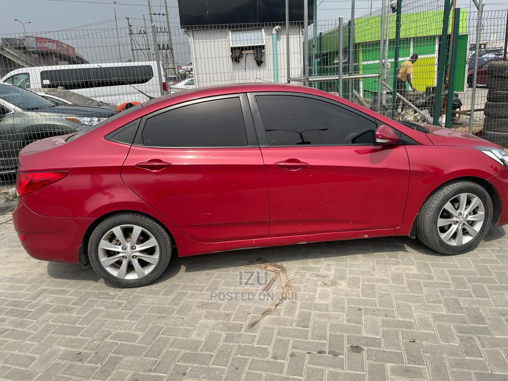 Archive: Hyundai Accent 2014 Red