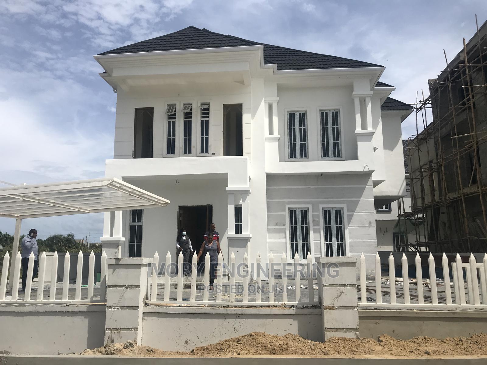5bdrm Duplex in Lekki Phase 1 for Sale