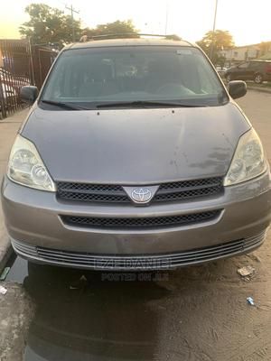 Toyota Sienna 2005 LE AWD Gray | Cars for sale in Lagos State, Amuwo-Odofin