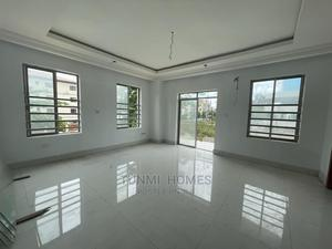3 Bedrooms Block of Flats for Sale Victoria Island   Houses & Apartments For Sale for sale in Lagos State, Victoria Island