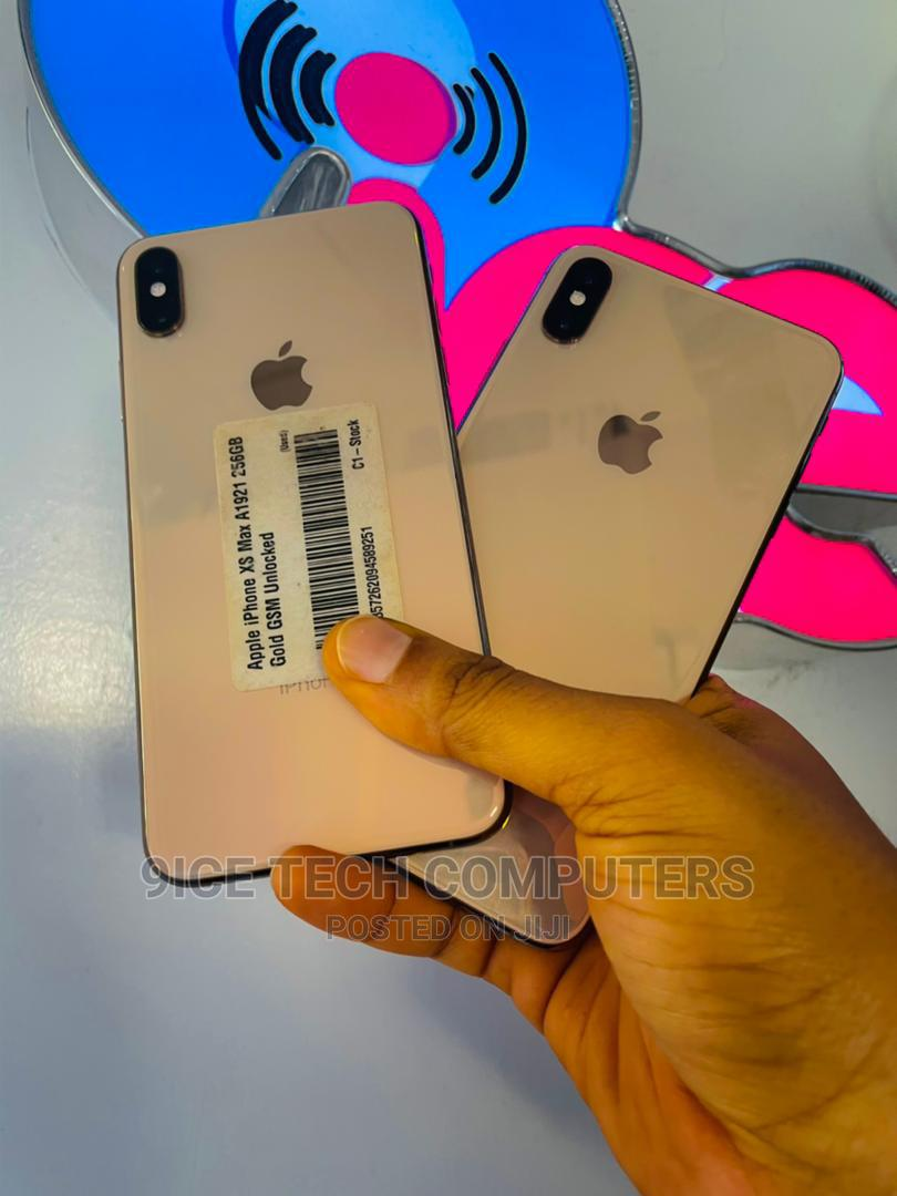 Apple iPhone XS Max 256 GB Gold   Mobile Phones for sale in Wuse 2, Abuja (FCT) State, Nigeria