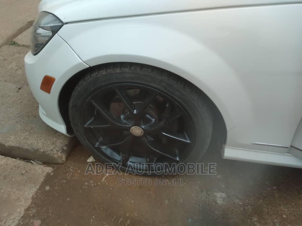 Mercedes-Benz C300 2009 White   Cars for sale in Magodo, Lagos State, Nigeria