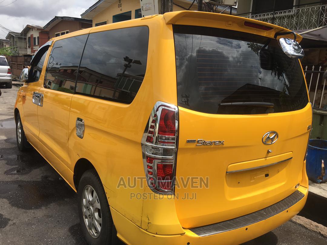 Hyundai Starex-Diesel 2011   Buses & Microbuses for sale in Surulere, Lagos State, Nigeria