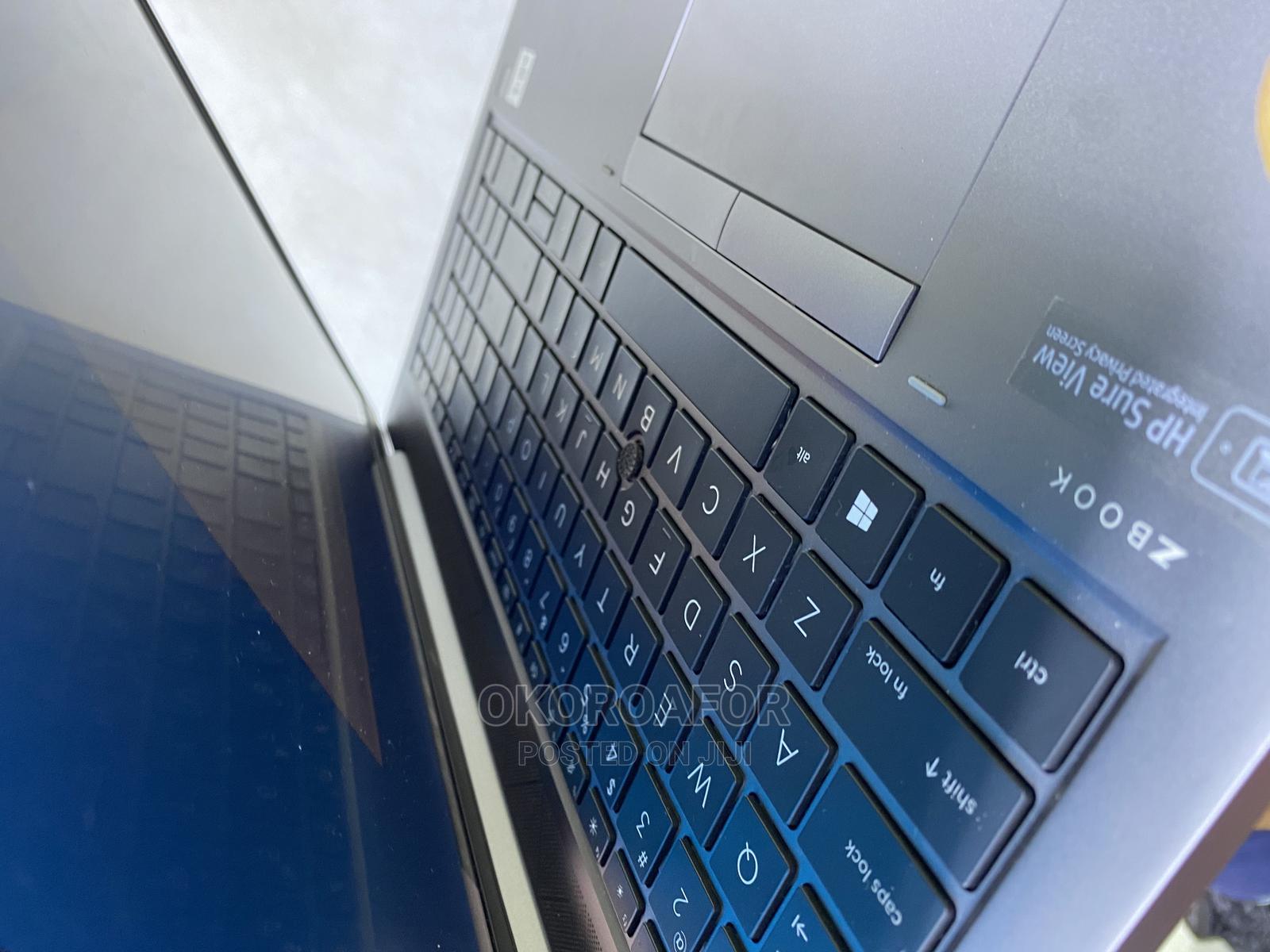 Archive: Laptop HP ZBook 15 32GB Intel Core I7 SSD 512GB
